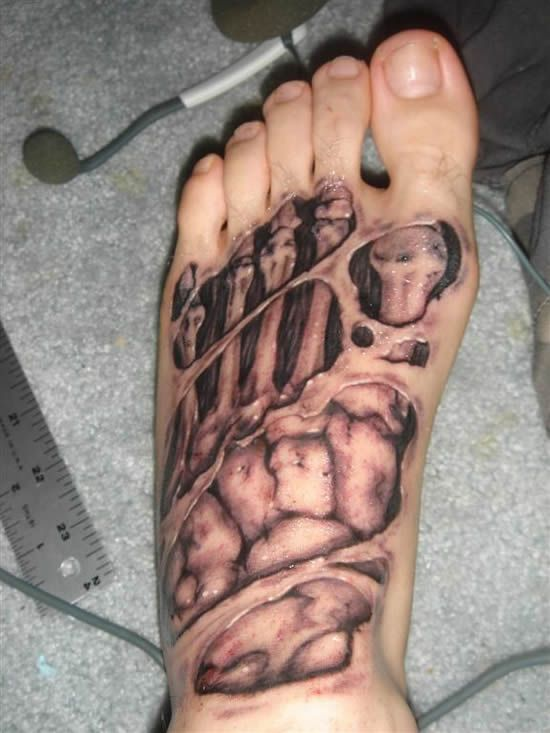 #tattoos Rotting foot tattoo... gruesomely awesome!