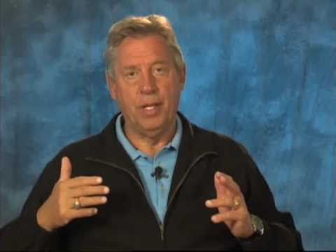 DOUBTING YOURSELF: A Minute With John Maxwell, Free Coaching Video