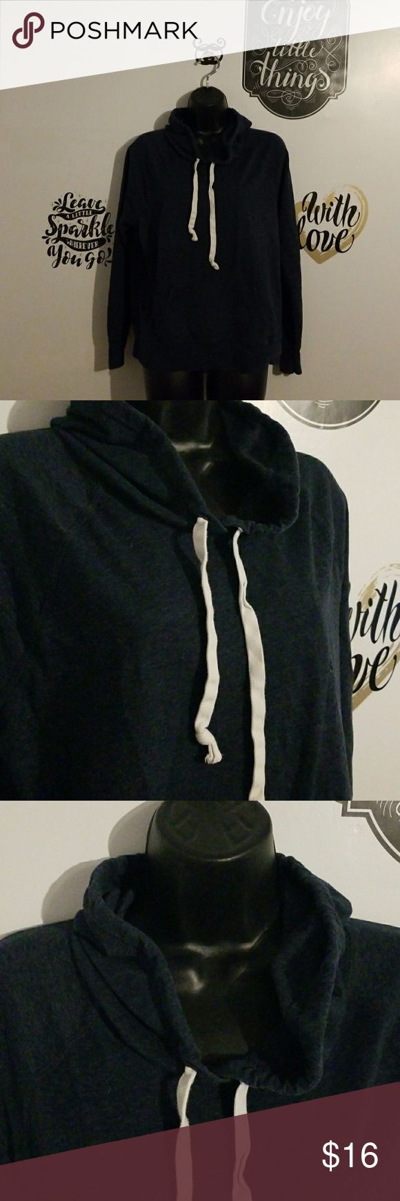 Old navy women sz L pull over hoody blue Blue old navy pull over hoody In good used condition  As marker mark on tag Old Navy Tops Sweatshirts & Hoodies