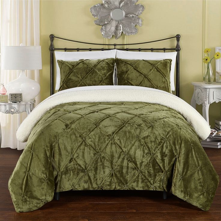Chic Home 3-Piece Chiara Bed-In-A-Bag Comforter 3 Piece Set