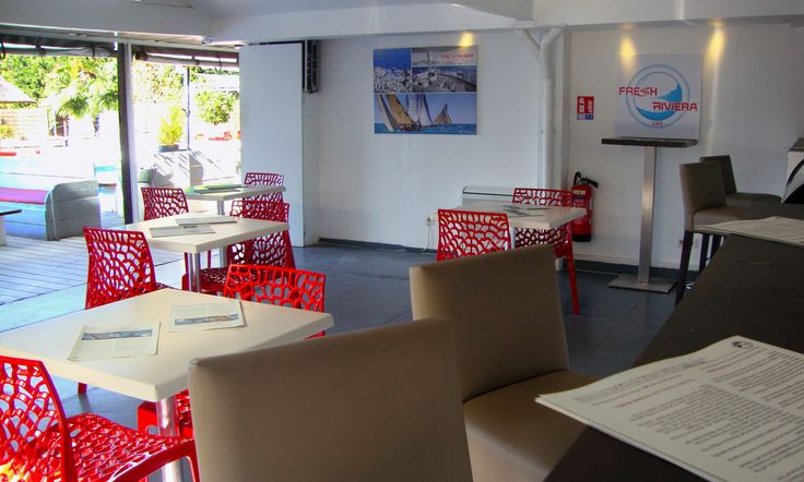 Venez découvrir la carte du café @ FRESH RIVIERA Aix en Provence, ou consultez là en ligne sur http://www.freshriviera.com/fr/kiosque/  Discover the café menu @ FRESH RIVIERA Aix en Provence or see it online on http://www.freshriviera.com/en/stand/