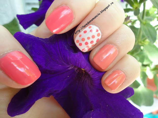 Lory's Blog: NOTD: Pinks and Dots