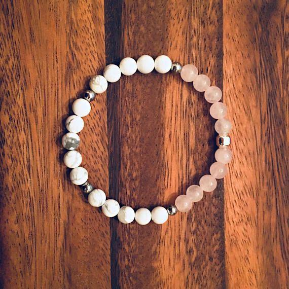 White Howlite & Rose Quartz Bracelet / Beaded Bracelets / Bead