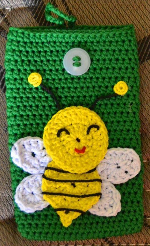 Bee Phone Case #crochet