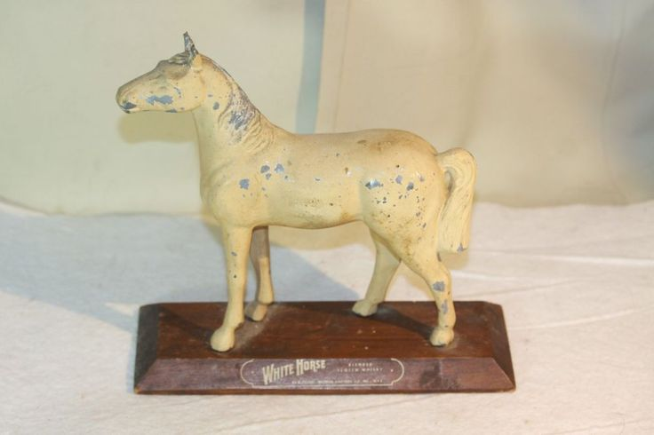 Vintage WHITE HORSE SCOTCH WHISKY Metal Advertising Bar DISPLAY FIGURE Wood Base #WhiteHorseScotchWhisky