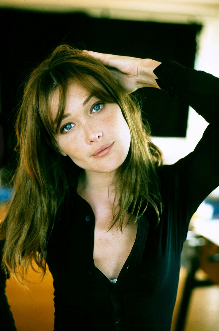 17 best images about carla bruni on pinterest turin for Bruni arredamento
