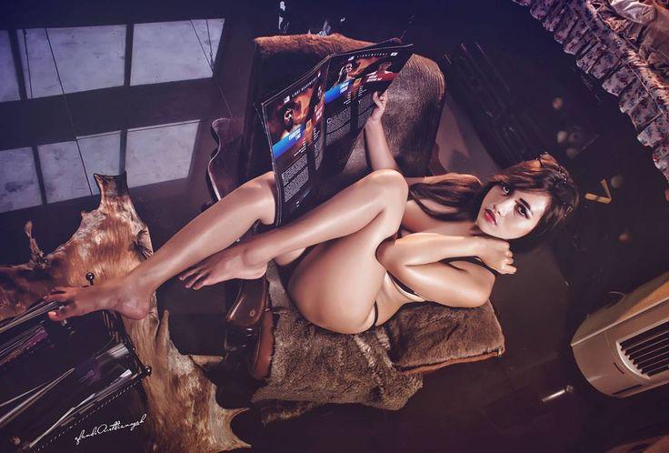"80 Likes, 1 Comments - model hits (@modelhits008) on Instagram: ""Fabulous Friday ❤❤❤ In frame  Siva Aprilia #modelhits #indomodel #modelindo #nude #nudeart…"""