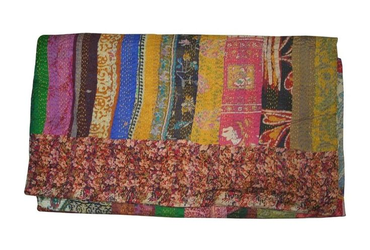 Silk Blanket Ralli-GUDARI Bedding Throw Kantha Quilt Vintage Bedspread #Handmade #VintageRetro