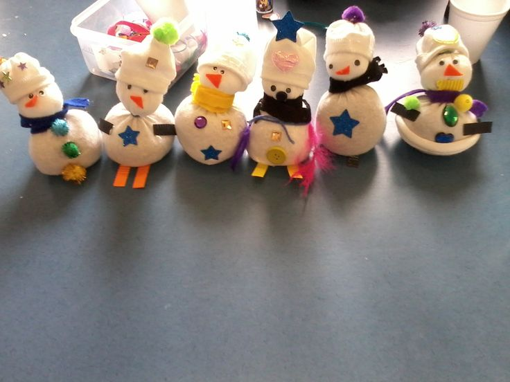 Super snowmen line up