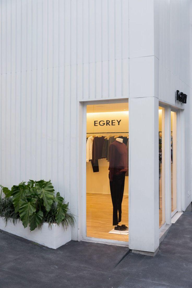 Egrey fashion boutique (Oscar Freire) / A Minimal project in São Paulo, by MNMA Studio