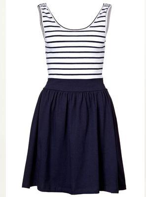 Super leuk jurkje die wil ik ook wel :)
