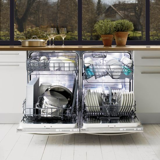 This is a dishwasher I would take any day. Have two, one for everyday plates and one for pots and pans. Brilliant!