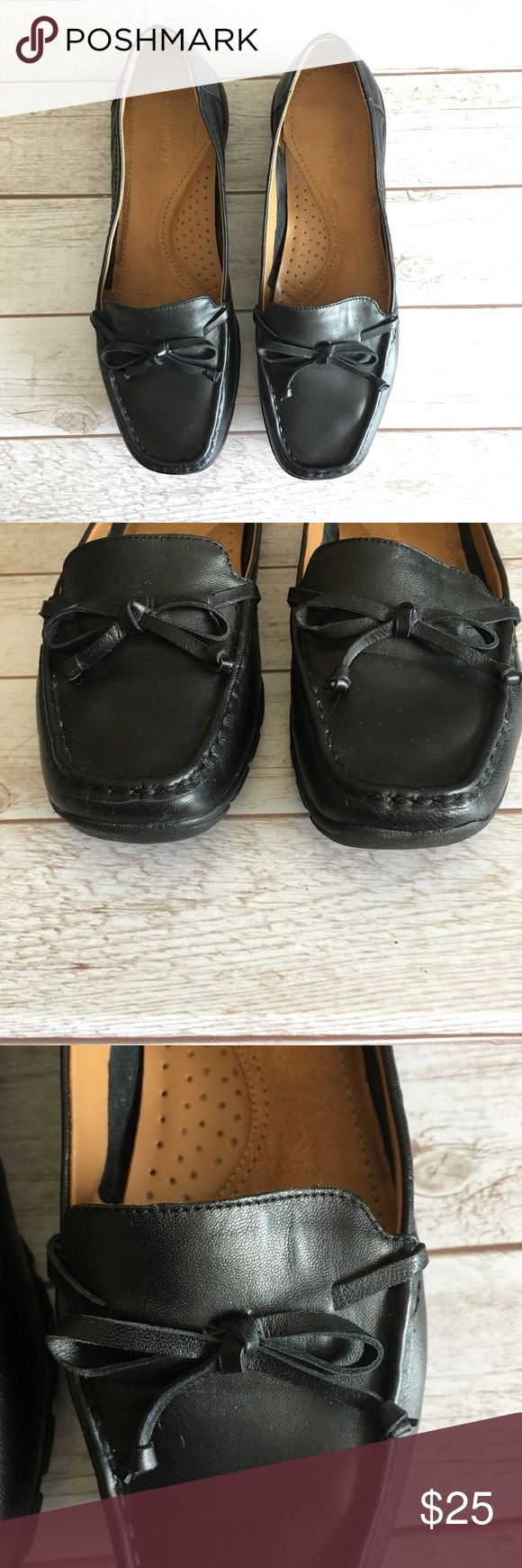 EASY SPIRIT Black Leather Loafers This pair is on excellent condition. Very soft and comfortable. Sz 7.5. #easyspirit #easyspiritshoes #easyspiritloafers #leatherloafers #blackleatherloafers Easy Spirit Shoes Flats & Loafers