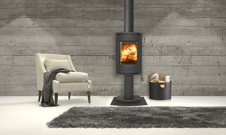 Jøtul F 130-series is a modern and stylish designed woodstove. For houses with a low energy demand, this stove is an ideal option. Image: Jøtul F 136