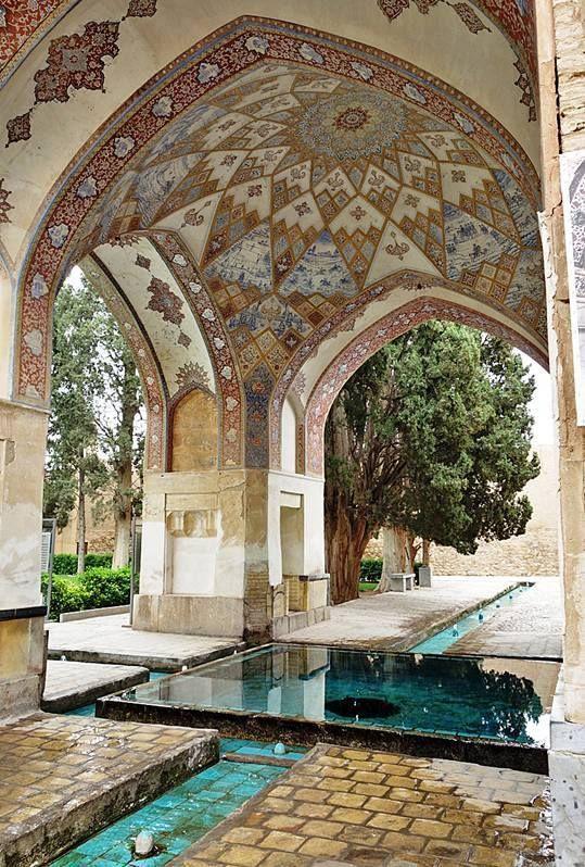 Znalezione obrazy dla zapytania persian garden