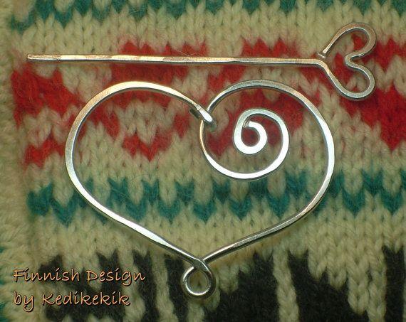 Hammered HEART BROOCH Hair Pin or Shawl Pin For Scarf par Kedikekik