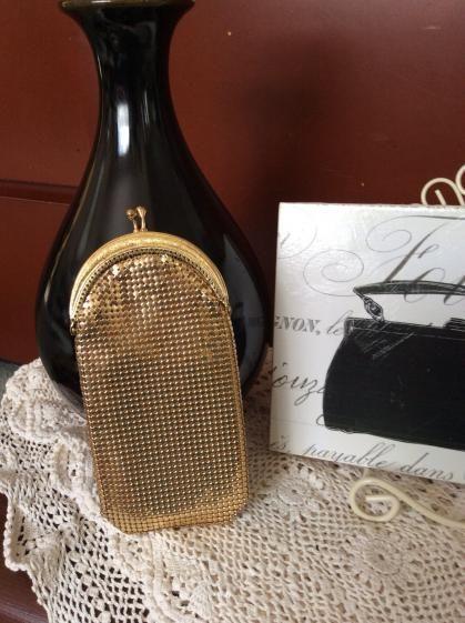 Round She Goes - Market Place - Vintage Oroton mesh specs case