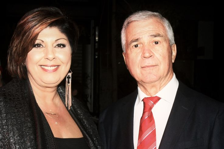 Η συγγραφέας Λένα Μαντά μαζί με τον Πρόεδρο της Εταιρείας Θάνο Ψυχογιό.