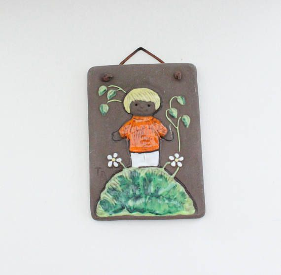 Cute vintage retro Wall hanging Plaque / Tile with child