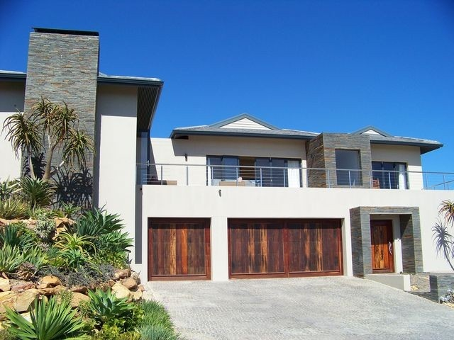 7 Homes For Sale in Pezula Golf Estate, Knysna, Western Cape | Just Property Group