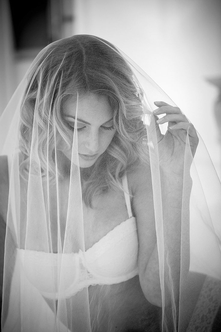 Wedding : A glamorous boudoir styled shoot » Blog / Jo-Ann Stokes Photography