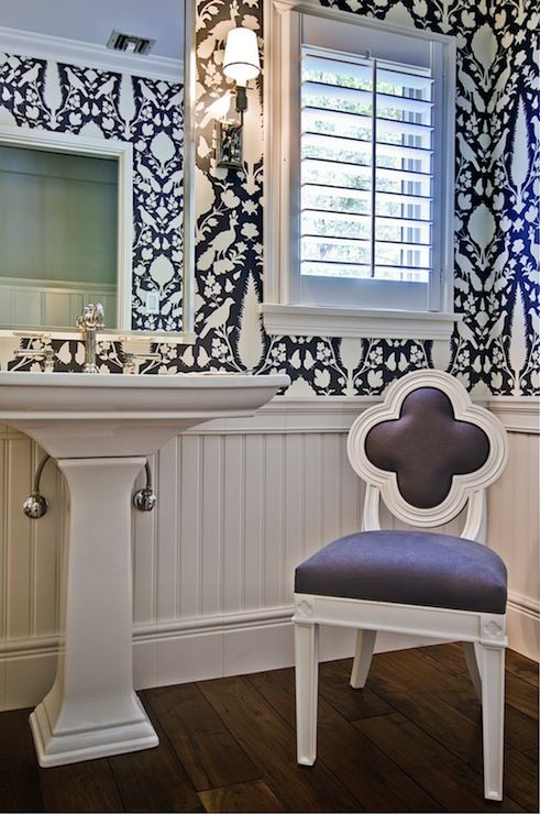 Cottage and vine black and white wall paper in bathrooms for Black and white bathroom paper