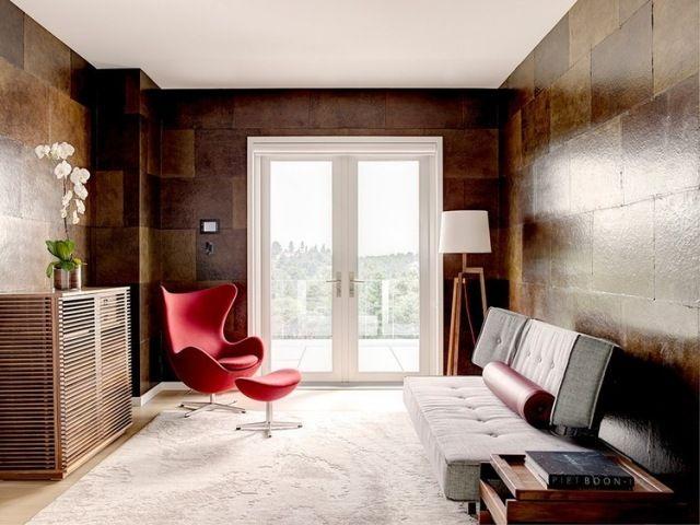 wandgestaltung dekorative paneele metall effekte braun wohnzimmer modern