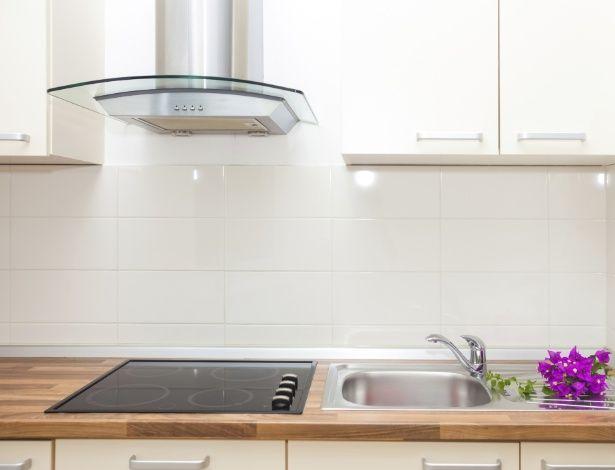 Escolha a melhor coifa para sua cozinha e deixe-a com o ar mais agradável