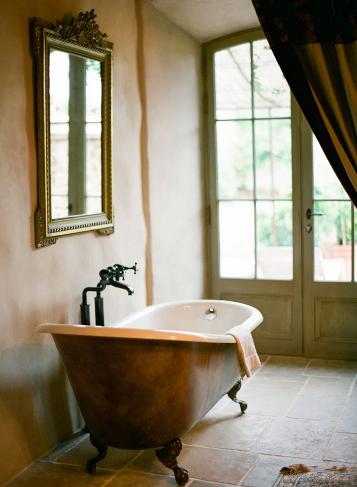 claw foot tub in italian villa