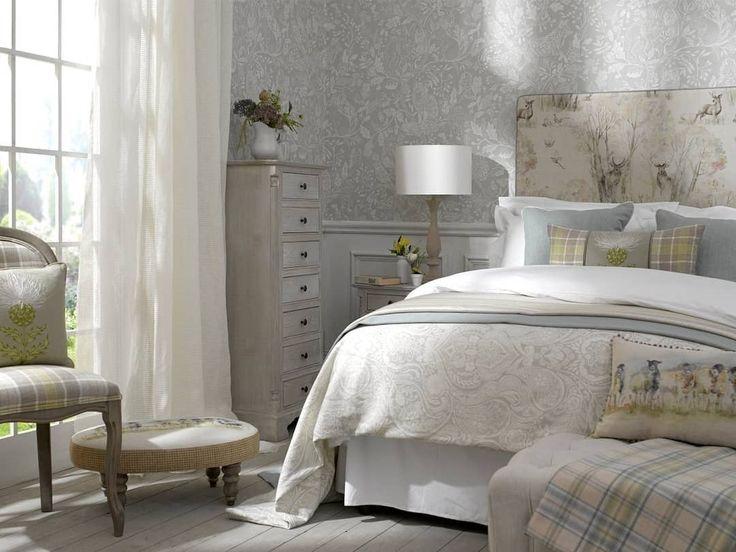 Солнечного утра, друзья! Все ваши дни будут начинаться радостнее, а сны станут слаще с волшебными изголовьями @voyage_deco, которые вы всегда можете заказать или приобрести из наличия в  #Galleria_Arben #кровать #interior #sleep #fabric #спальня #изголовья #decoration #bedroom