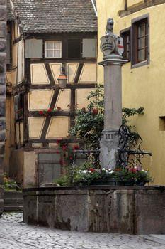Riquewihr, village viticole en Alsace dans le Pays de Ribeauvillé et Riquewihr
