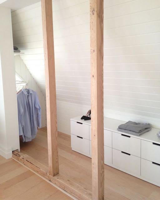 KOMMA HEM...: Minimalistisk inredd Step in closet...