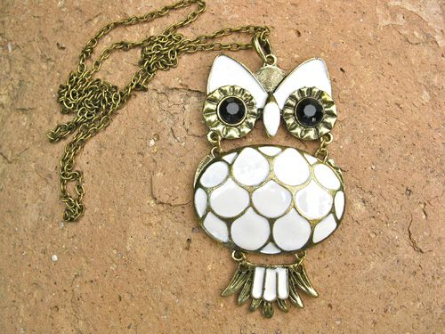 Gift an owl to help impart patience and understanding. A unique present with meaning to inspire wisdom and strength . . a great gift to wish someone well for an exam or a competition or even to celebrate graduation success
