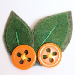 How adorable could these be for a little boy's garden party?!?  Looksi Square