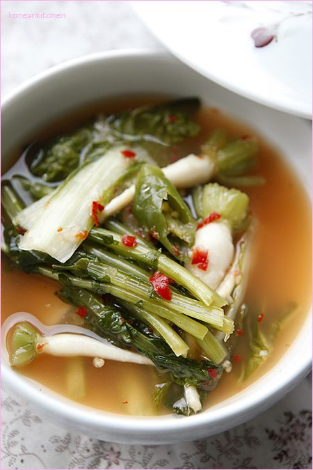Yeolmu kimchi (Korean mini summer radish kimchi) [PHOTO]