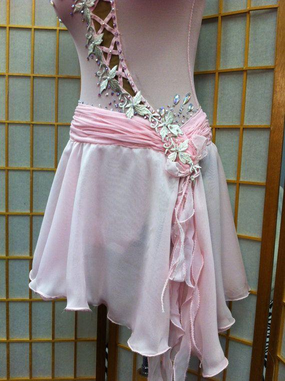 Pattinaggio di figura abiti stile romantico di DesignByNatasha