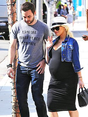 Christina Aguilera's Second Pregnancy Is 'Very Easy'