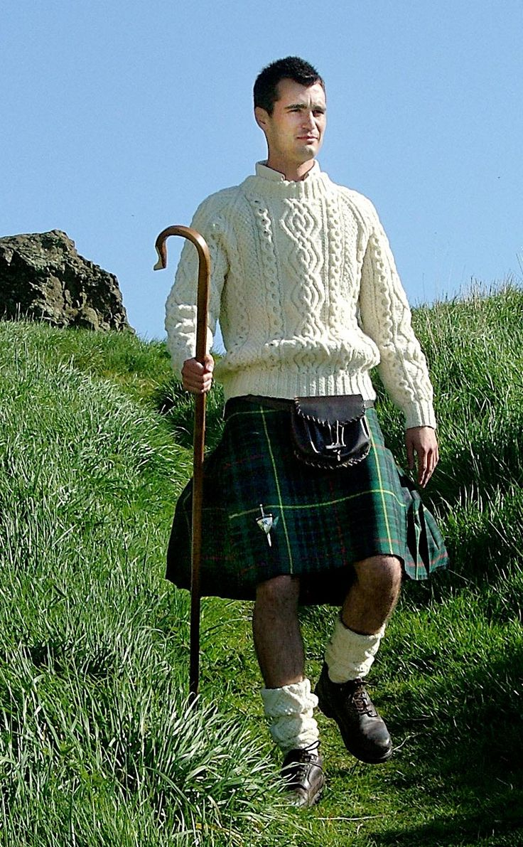 how to wear a plaid with a kilt