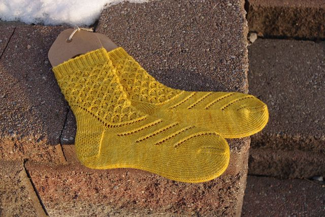 Ravelry: Solid Socks Mystery Feb/Mar 2011 pattern by Lisa Stichweh