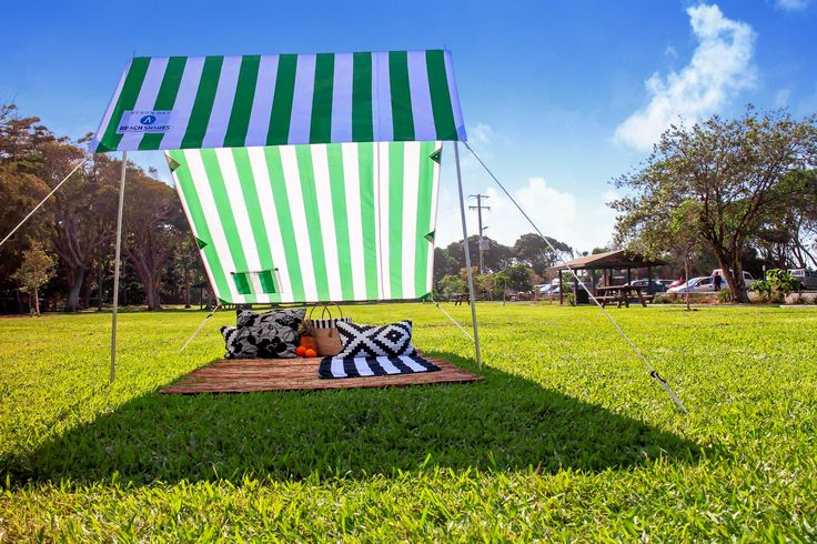 Perfect for those long, lazy Spring Picnics.... #greensunshade #spring #picnics www.byronbaybeachlife.com.au