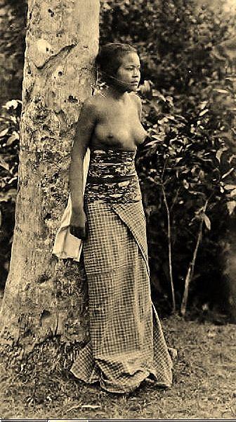 Gadis Bali 1920
