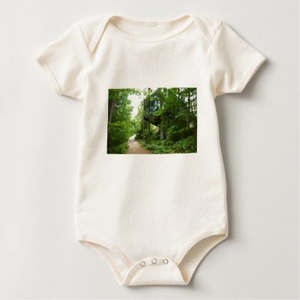 Hidden in the forest baby bodysuit - country gifts style diy gift ideas