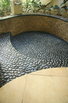 Glazed Charcoal Black Pebble Tile