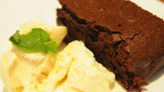 Forró csokis brownie vanília fagylalttal
