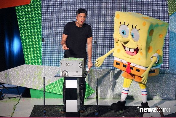 Host Jaime Camil and SpongeBob SquarePants speak onstage at the Kids Choice Awards Mexico 2012 at Pepsi Center WTC on September 1, 2012 in Mexico City, Mexico.  (Photo by Victor Chavez/WireImage)