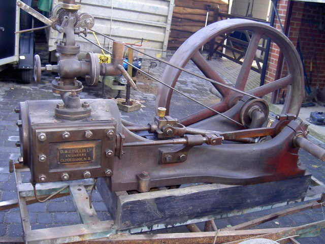 25 best ideas about steam engine on pinterest steam for Stationary motors for sale