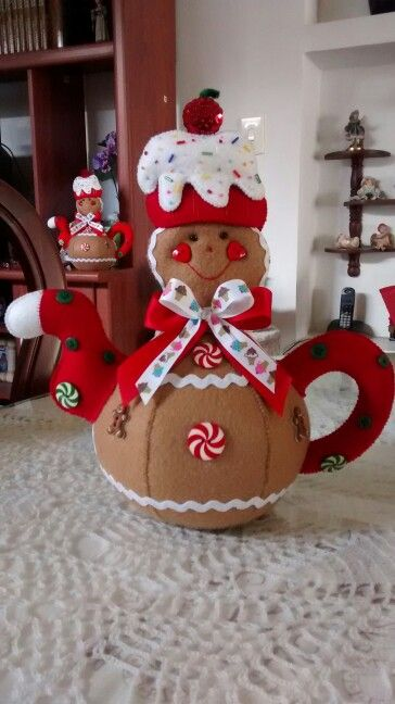 Felt Gingerbread Teapot ;image only this is so cute