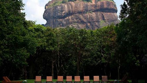 Hotel Sigiriya which is located within proximity to the Sigiriya rock fortress is an ideal venue to embrace the peace and tranquility of nature.  http://www.malbevenhotels.com/srilankahotels/hotel-sigiriya_257_home_0.html