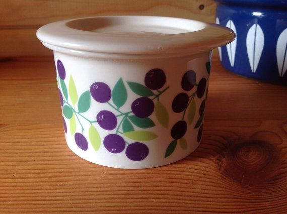1970s Arabia Finland Pomona Black Currant by Onmykitchentable