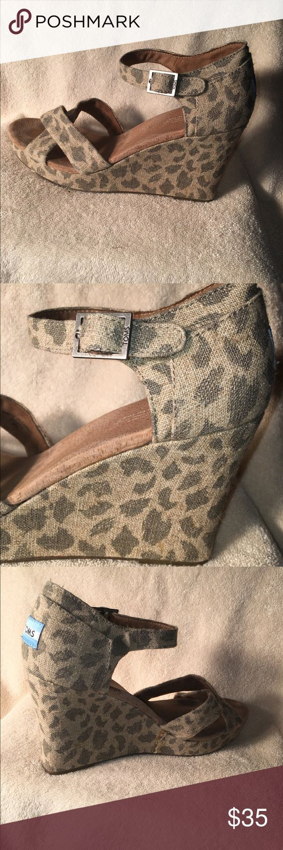 Spotted while shopping on Poshmark: TOM'S like new 4 in Leopard print wedges! #poshmark #fashion #shopping #style #TOMS #Shoes